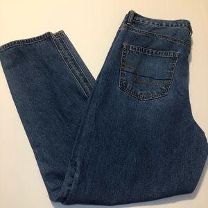 American Eagle High Rise Mom Jeans